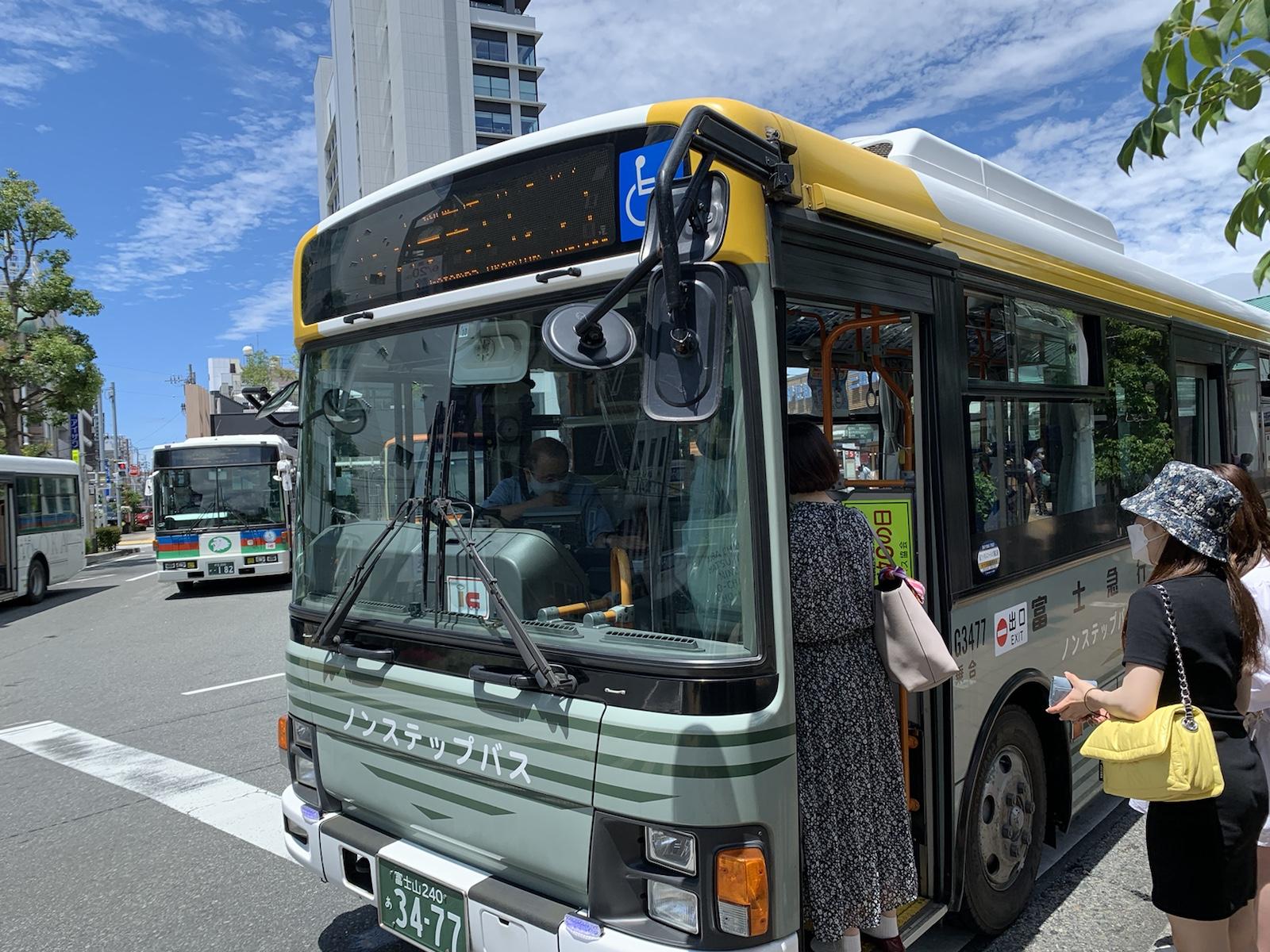 御殿場アウトレット 三島駅 バス 富士急バス